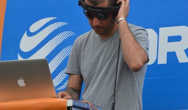 Mr. Zee (DJ PRO)